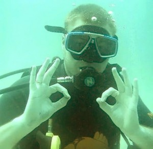 Gaining my Advanced PADI diving certification while in Thailand.